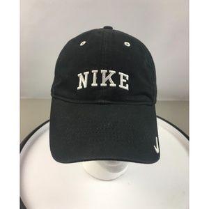 Q Nike Classic Vintage Baseball Cap Hats